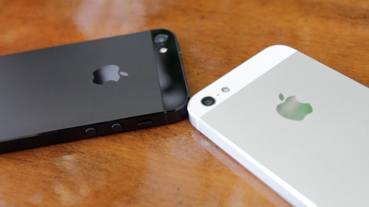 IPhone 5 White Vs Black Beautiful High Definition Close Ups