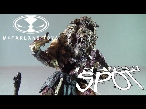 Spooky Spot 2016 - McFarlane Toys Twisted Land of Oz Cowardly Lion Figure