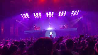 Video The Chainsmokers - Everybody hates me (ID) download MP3, 3GP, MP4, WEBM, AVI, FLV Agustus 2018