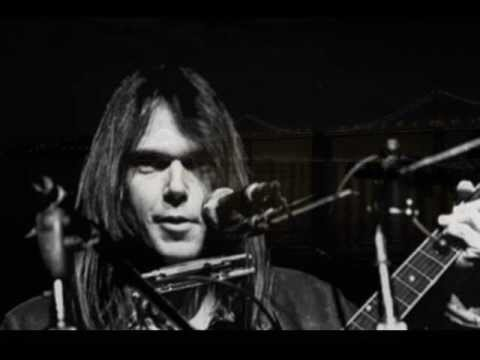 Neil Young  Midnight on the Bay