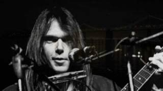 Watch Neil Young Midnight On The Bay video