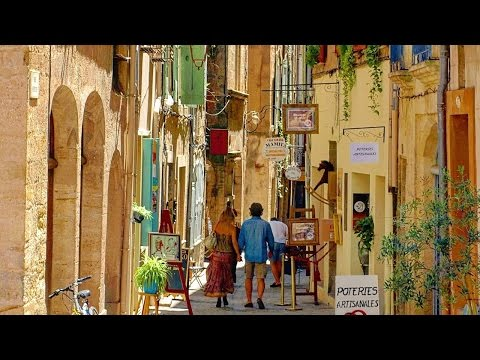 Pézenas Holiday Guide  |  South France Holiday Villas