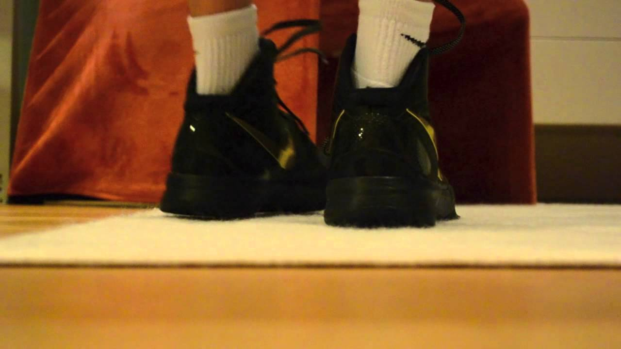 hot sale online fb97d 01e8a Nike Hyperdunk Elite Black and Gold ON FEET LOOK
