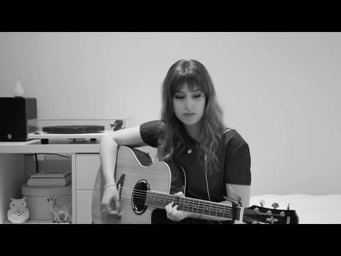 'Harvest Moon' - Neil Young (Cover) | Chloe Gilbert