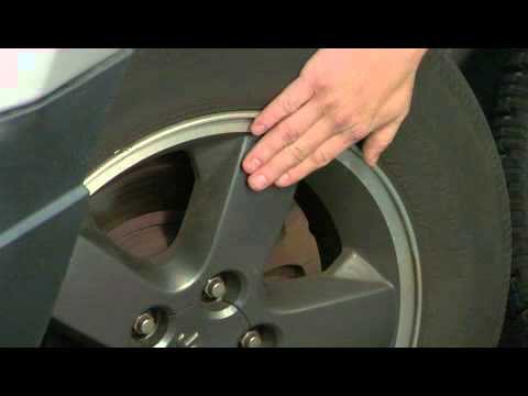 What Are the Differences Between Rims & Wheels?