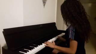 Kara Sevda Kokun Hala Tenimde Piano