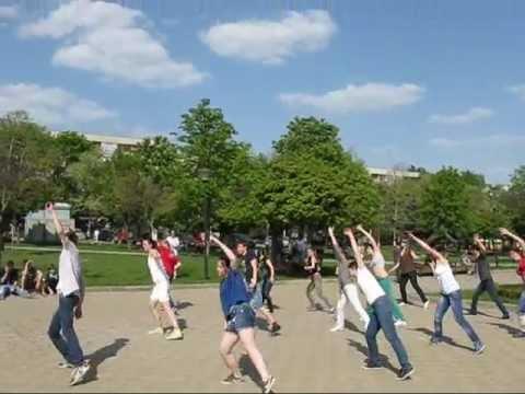 FLASH DANCE MOB - DALLAS DANCE STUDIO - Chisinau - Moldova