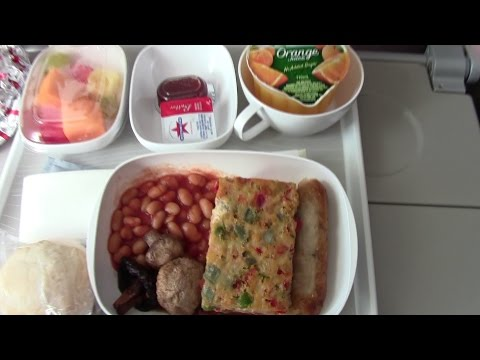 BREAKFAST ONBOARD EMIRATES A380 AIRPLANE
