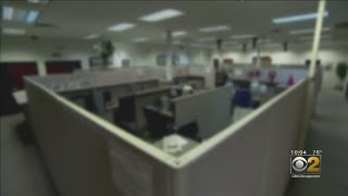 CBS 2 Exclusive: Illinois Unemployment Workers Take Us Inside Backlog