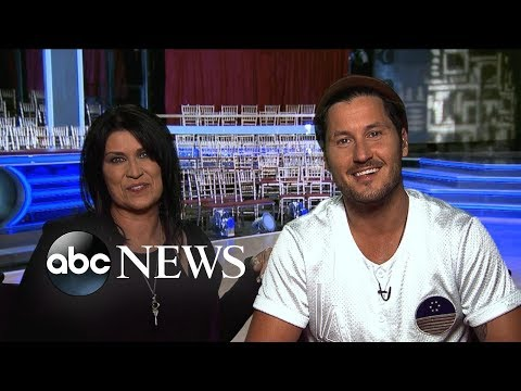 Val Chmerkovskiy will dance with Nancy McKeon on season 27 of 'DWTS'