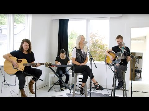 You Never Let Go // Bryan and Katie Torwalt // New Song Cafe