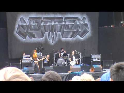 Heathen on Graspop Metal meeting 2013