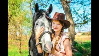 Фотосессия с лошадью . Моя первая фотосессия .