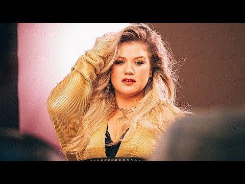 Kelly Clarkson - Love So Soft    LIVE From BBC Radio 2 (November 2017)