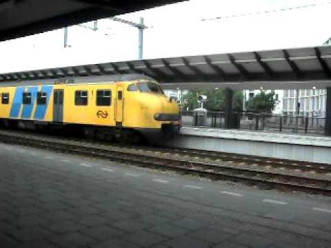 Mat'64 (EX Veolia) wegrijden uit Apeldoorn