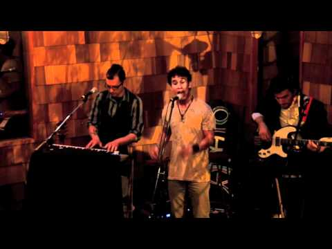 Damato Angels Live at Wood & Vine