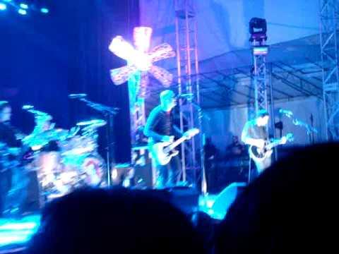 Cherub Rock - Smashing Pumpkins In Singapore!