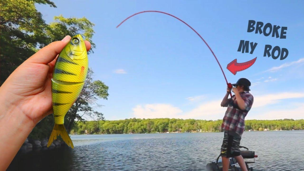 Giant GLIDE BAIT fishing (BROKE MY ROD)