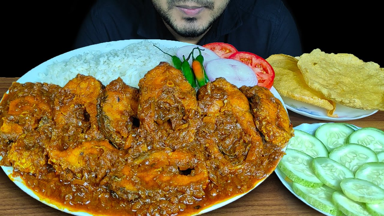 EATING SPICY FISH BHUNA WITH RICE, PAPOR, CHILI, ONION, SALAD | MUKBANG EATING SHOW | EATING SOUNDS
