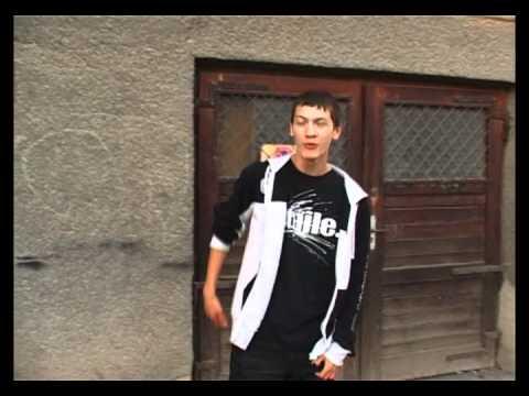 McHh - Saracia ( Videoclip oficial - 2010 )