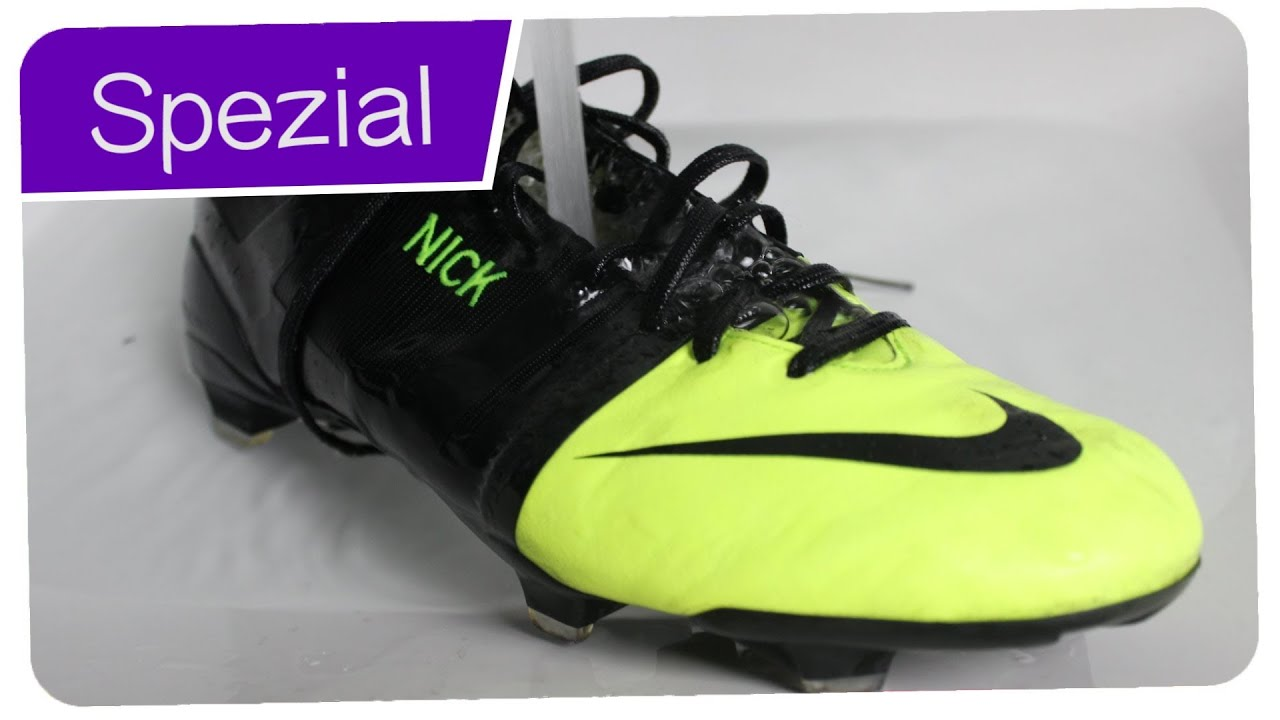aa42d5b53f8 TUTORIAL  The Hot Water Trick - How to breake into Soccer Boots - Cristiano  Ronaldo Trick on Nike GS
