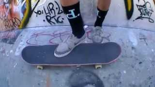 Comment faire le 360 Pop Shove-It ?