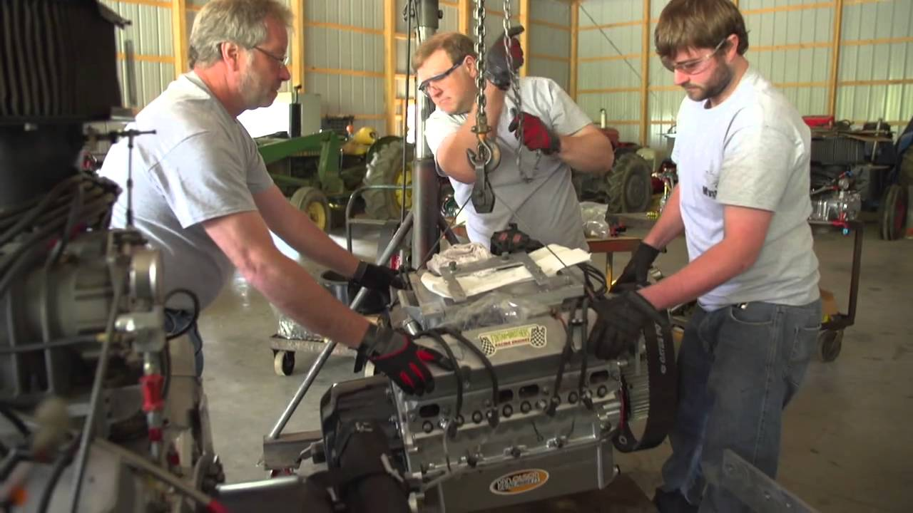 Inside Tractor Pulling : Inside a tractor pull champion s garage youtube