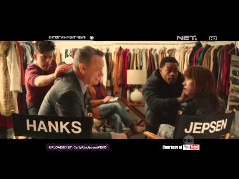 Video Klip Terbaru Carly Rae Jepsen Libatkan Tom Hanks Dan Justin Bieber