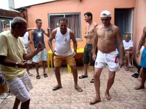 Gringo no Rio de Janeiro, dançando Créu no Lote XV part 1