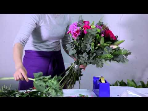 How To Arrange A Peonies, Roses & Lilies Bouquet