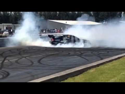 Ford V8 Supercar Burnout