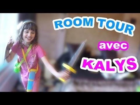 ROOM TOUR avec KALYS de STUDIO BUBBLE TEA au PARC ASTÉRIX & Grosses Surprises - Démo Jouets