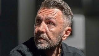 Сергею Шнурову грозит арест за публичное оскорбление власти / новости шоу бизнеса