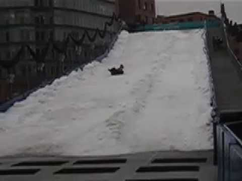 Potsdamer Plaza Sledding