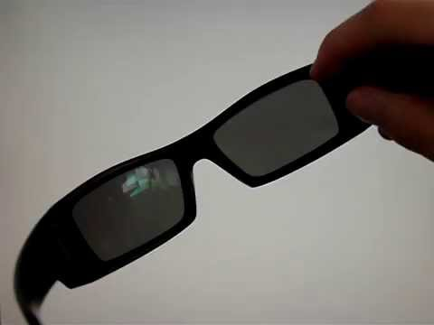 61fed6cd05a Oakley Gascan Black Iridium Polarized correction polarization test on LCD  monitor