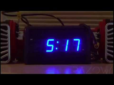 SONY XPERIA'S ALARM CLOCK MEME