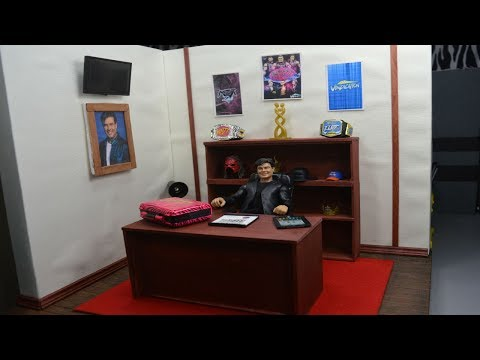 WWE FIGURE GENERAL MANAGERS OFFICE!
