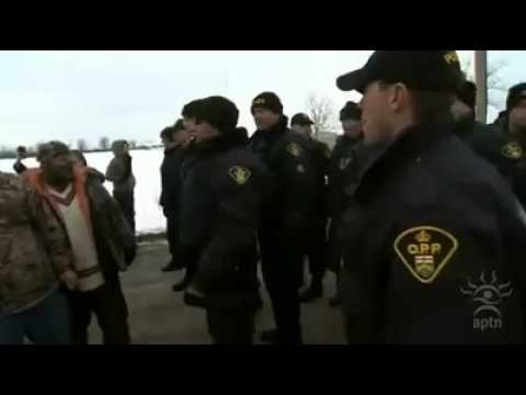 Mohawk Warriors and OPP at Blockade (Shoving)