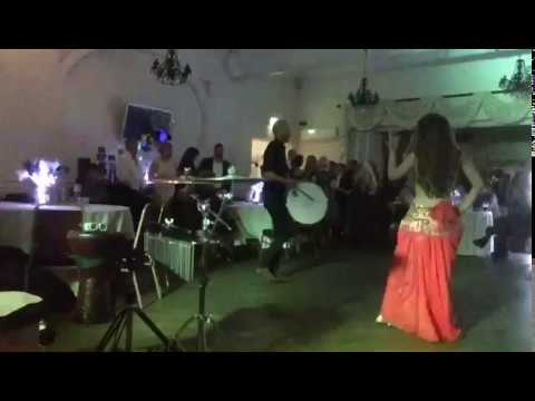 Ahenkli Davul and Tevec Oryantal Belly Dancer
