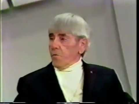 Moe Howard on The Mike Douglas Show.part 5