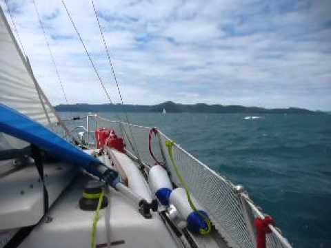 Whitsunday Passage in 25knots of Wind