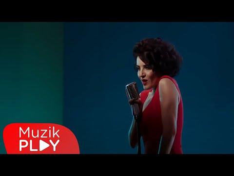 Göksel - Aşkın Yalanmış (Official Video)