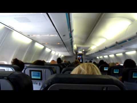 WestJet Pilot Singing on LGA-YYZ Flight