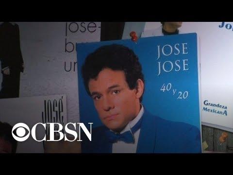 Legendary Mexican singer José José dead at 71