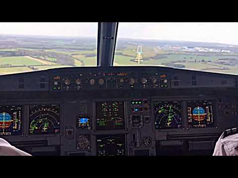 Airbus A319 Cockpit View of Extreme Windy Landing