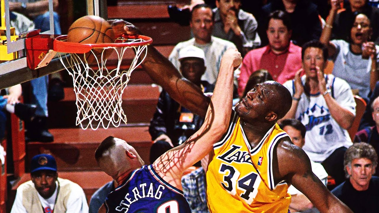 Basketball player Shaquille O'Neal doubts that the Earth is round 03/20/2017 19