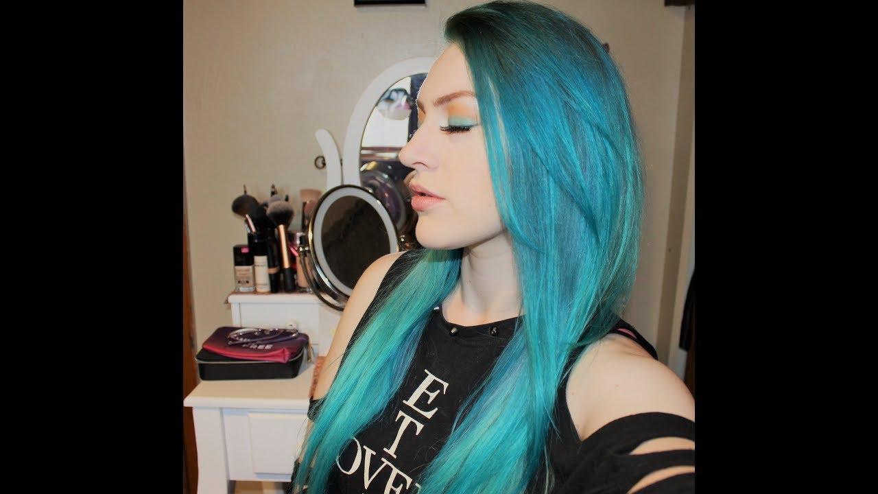 bf48c869b10 How I Dye My Hair Blue