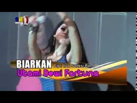 Utami Dewi Fortuna - Biarkan (Official Video Karaoke)