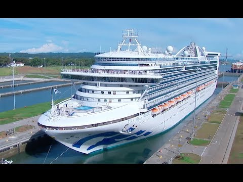 Caribbean Princess Became First Cruise of 2017-2018 Season To Transit Expanded Canal