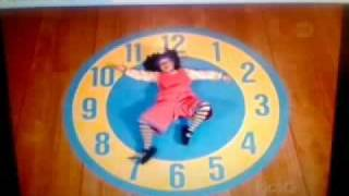 Big Comfy Couch - Floppy Clock Rug Stretch